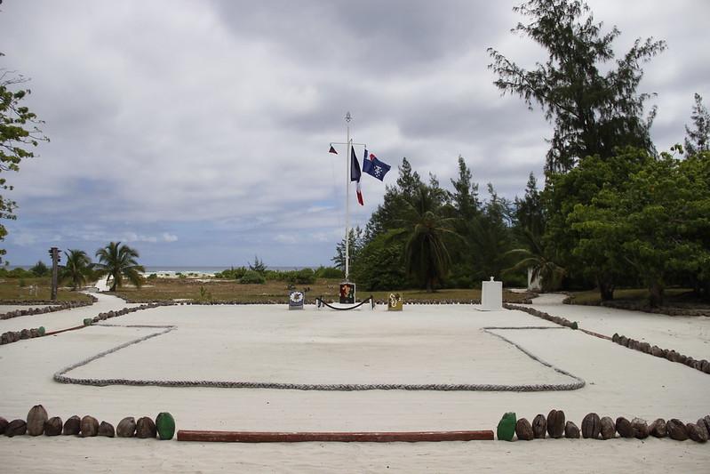 Bild: unbenanntes Militärcamp auf der Glorieuse-Insel