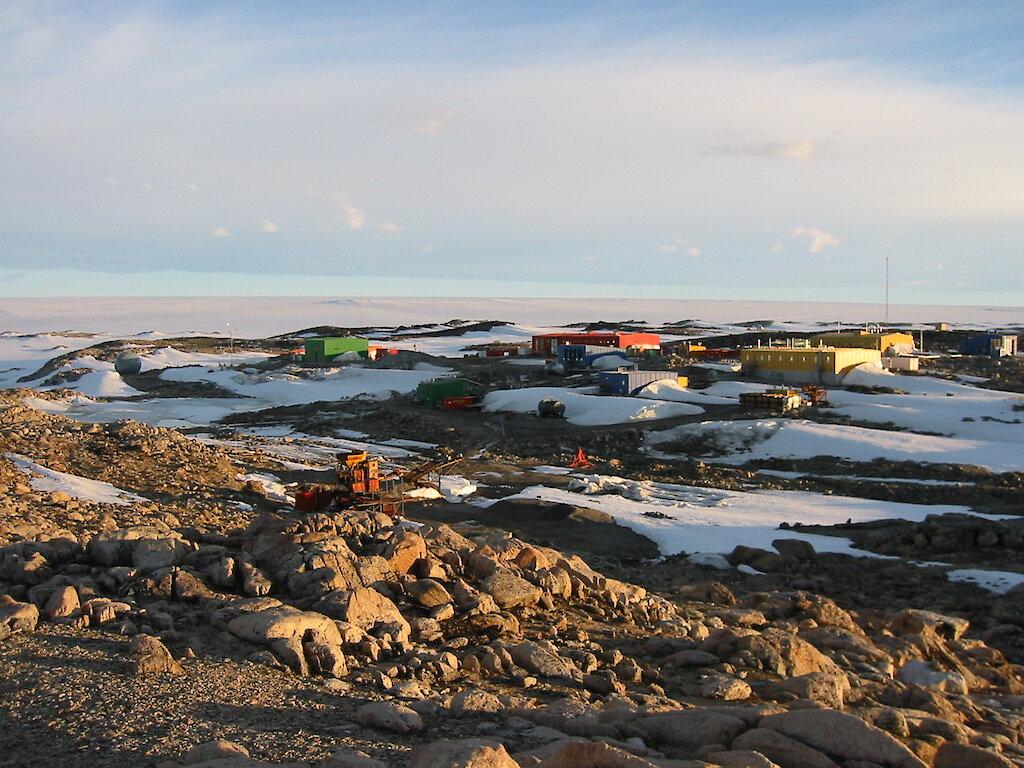 "Bild: Forschungsstation ""Casey"" - © D. ROSS, Australian Antarctic Division (AAD)"