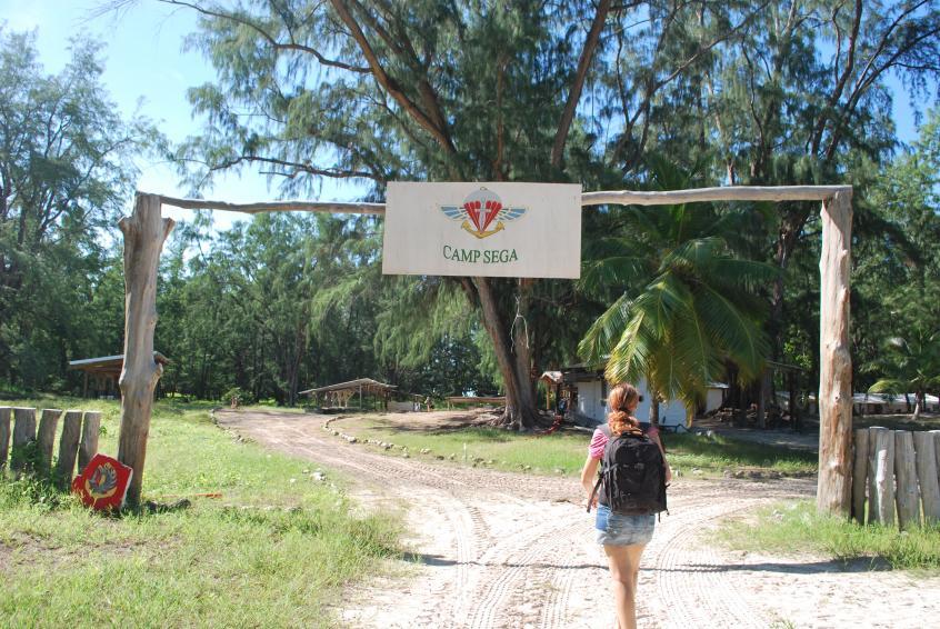 "Bild: Militärcamp ""Sega"" auf Juan de Nova"