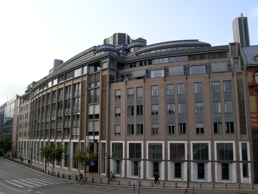 Bild: Regierungsgebäude R5