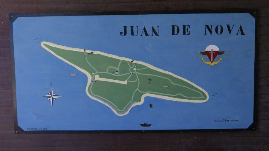 Bild: Schild auf der Juan de Nova-Inselq