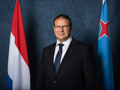 Portraitfoto: niederländischer Gouverneur von Aruba, Juan Alfonso (J. A.) BOEKHOUDT